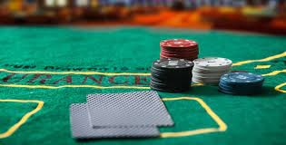 Using Tactics to Better Your Online Poker Game